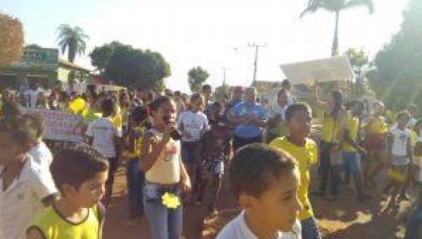 SEMAS faz caminhada em apoio ao Setembro Amarelo pelas ruas de Goiatins-TO